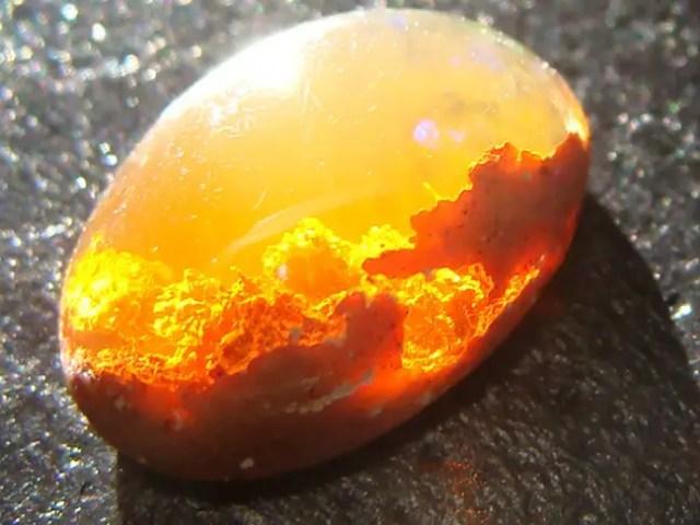 magische mineralen sunset opal