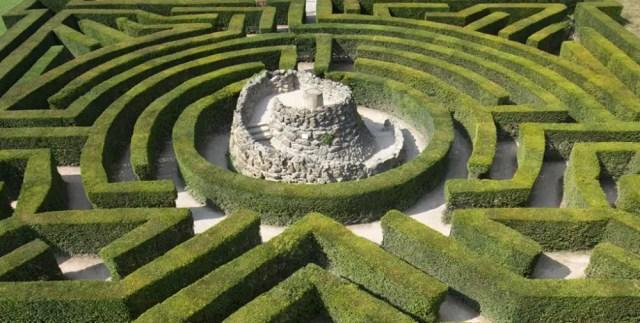 maze leeds castle