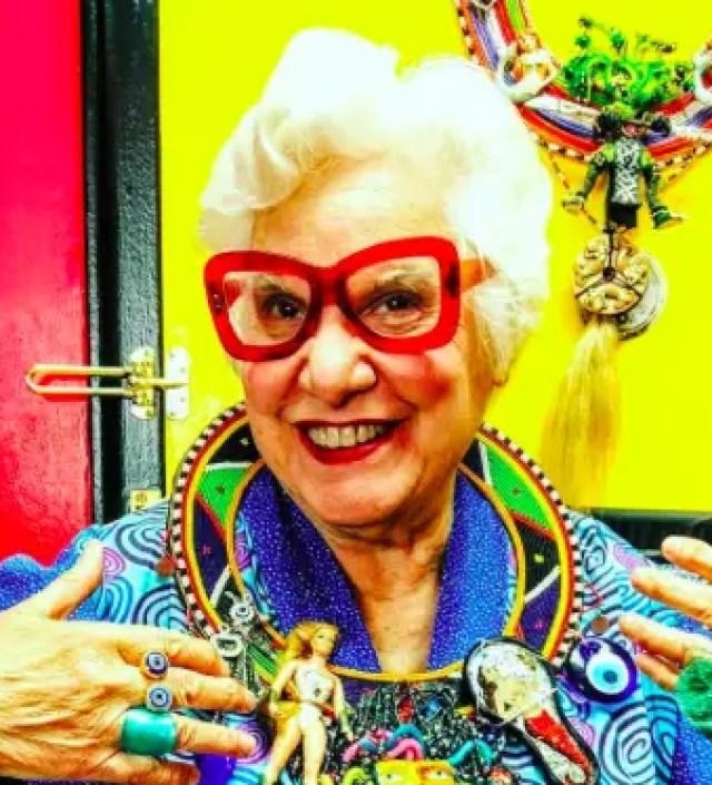 Sue Kreitzman gaat kleurrijk door het leven – op elke leeftijd