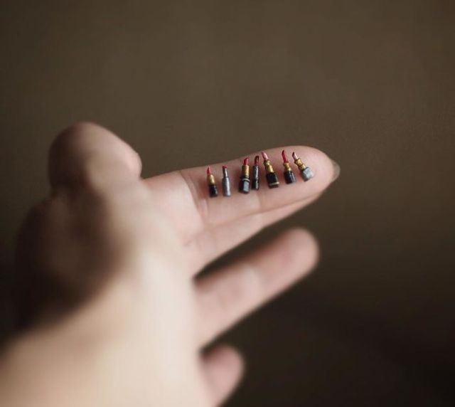 handmade-miniature-art-japanese-artist-kiyomi-29-5a16ddb791b73__700