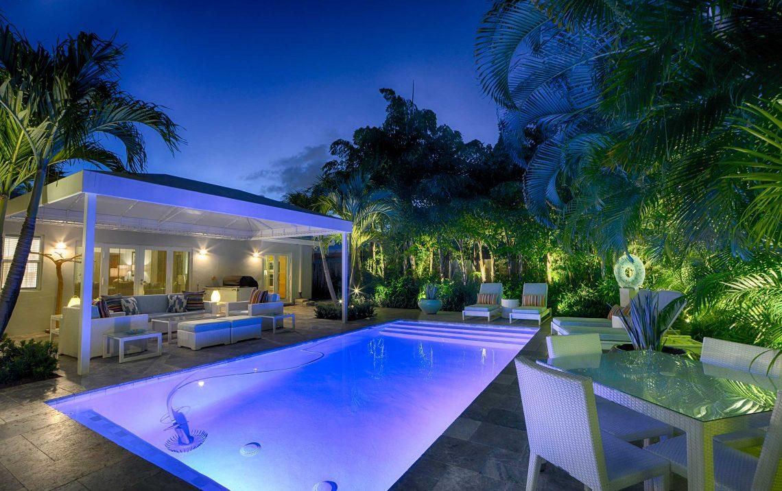 pool deck lighting