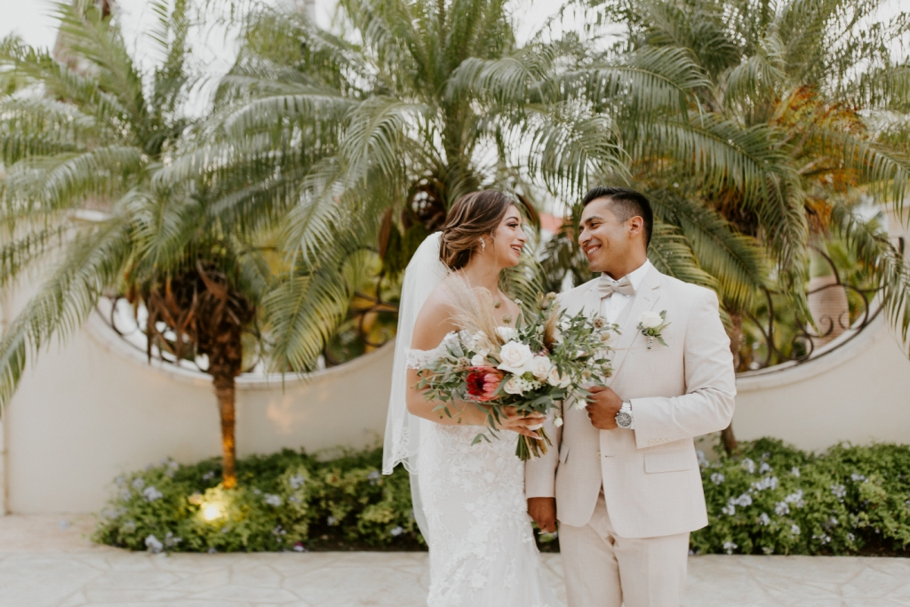destination wedding bride groom flowers villa la joya