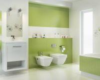 Small white and green bathroom with a bathtub | Ceramika ...