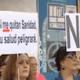 Concentración para la defensa del derecho de los inmigrantes a la sanidad pública
