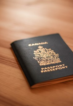 La propuesta: un pasaporte de seguridad para refugiados