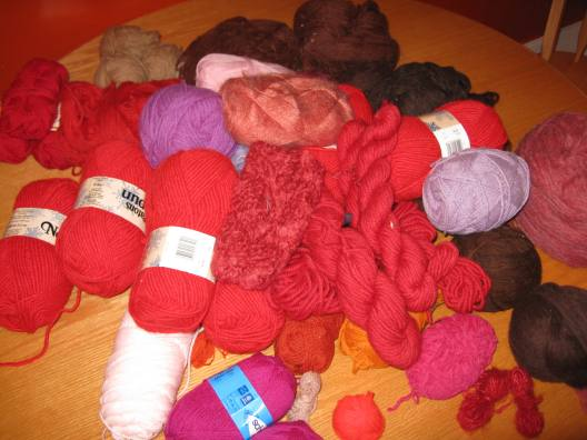 lyrascoat-yarn.jpg