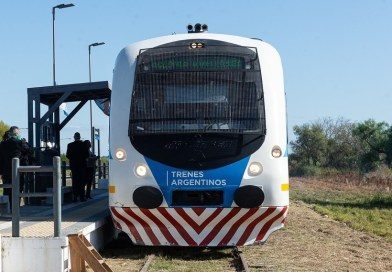 Foto del tren Paraná-Colonia Avellaneda junio 2020