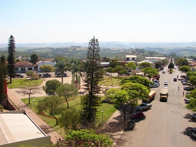 Borrazópolis Paraná fonte: i0.wp.com