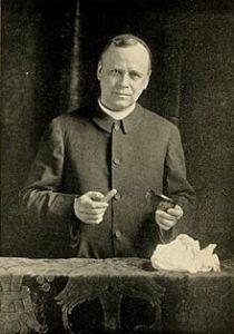 Fr Carlos María de Heredia