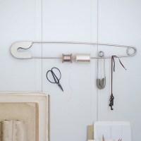 Giant Safety Pin Metal - Deco, Storage - Paraphernalia