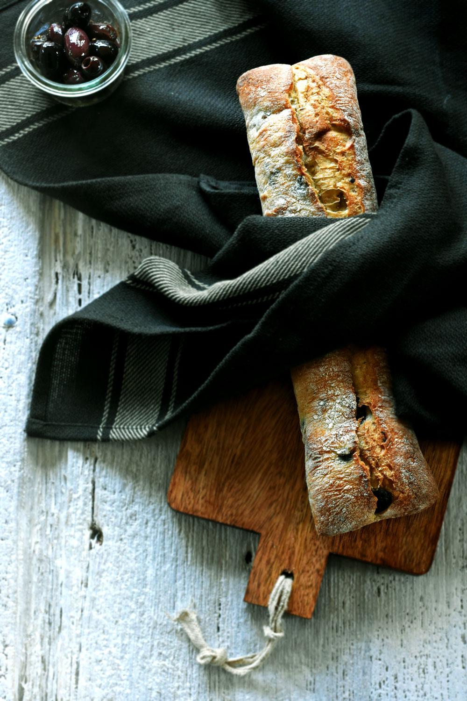 olive-baguette-(1)