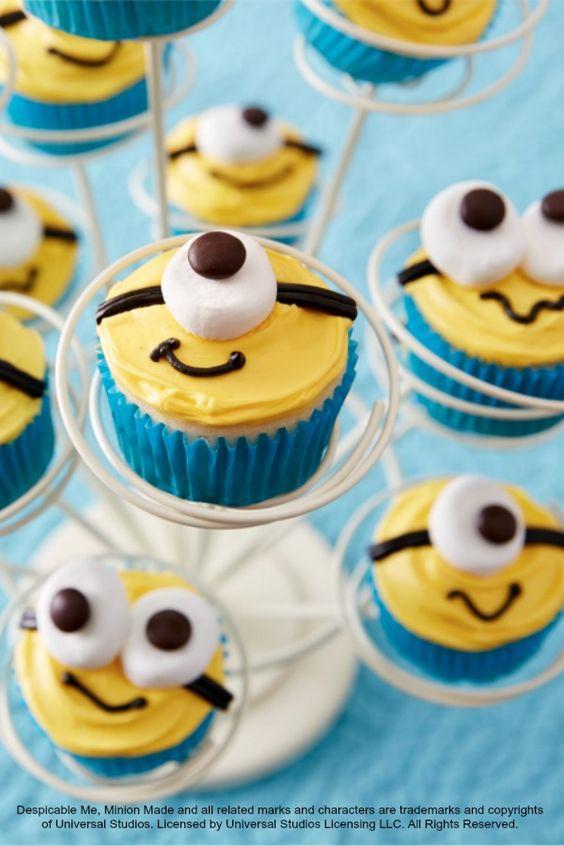 Despicable me cupcakes