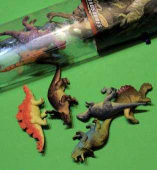 Dinosaures en plastique (petits)