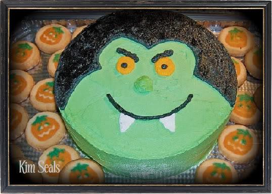 The Easiest Halloween Dracula Cake Ever