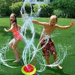 baby-play-with-Tidal-Storm-Hydro-Swirl-Spinning-Sprinkler-Outdoor-Toy
