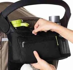 Ethan-&-Emma-stroller-organizer-has-a-zipper-pocket