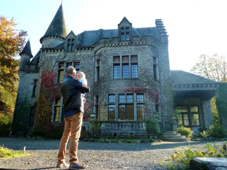 château dans les Ardennes belges