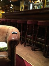 Saint-Valentin en famille, fauteuil de bar style irlandais