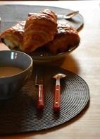 table avec petit déjeuner, gite de charme au clos saint pierre