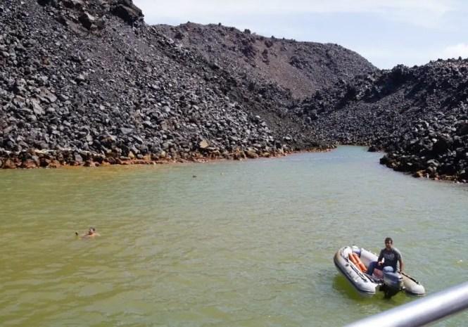 sources chaudes île de Santorin