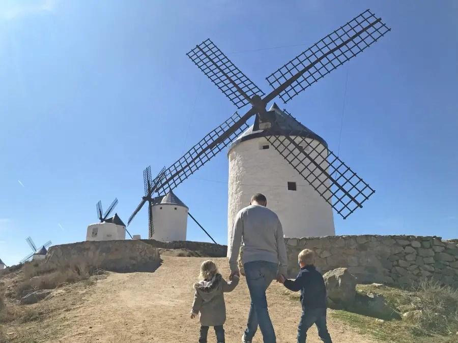 moulins de consuegra barrancas Visiter Tolède et les environs avec des enfants