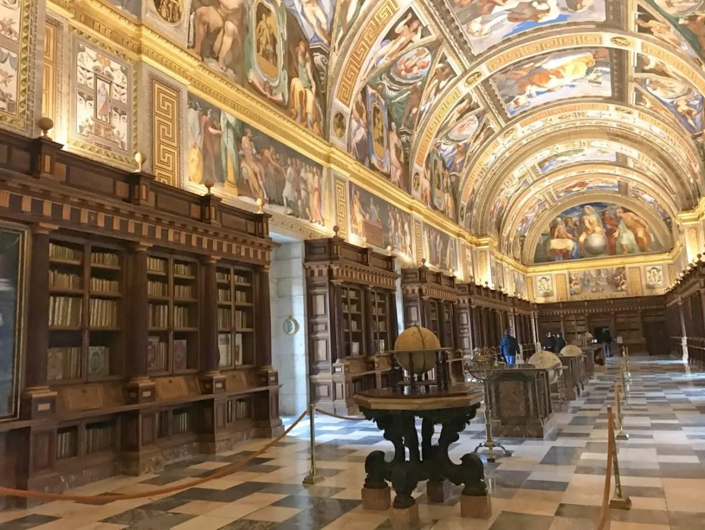 Que faire à El escorial, bibliothèque du monastère