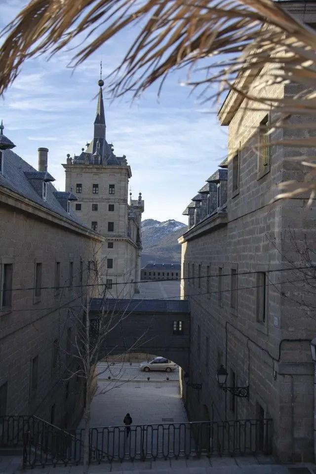Que faire à El escorial, vue sur le monastère