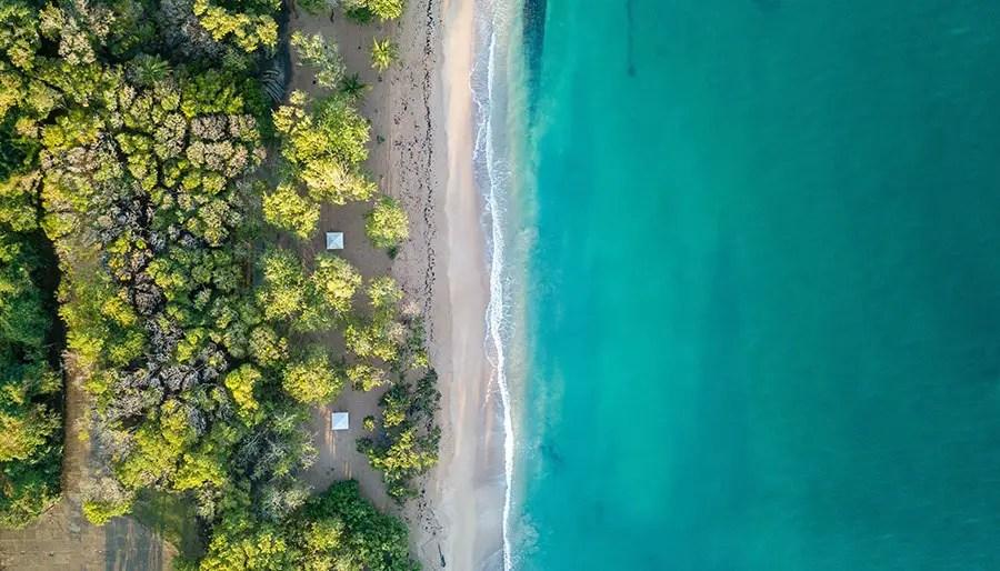 Visiter la guadeloupe  avec des enfants - plus belle plage aérienne