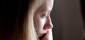 Sad-girl-by-Julien-Haler-Creative-Commons