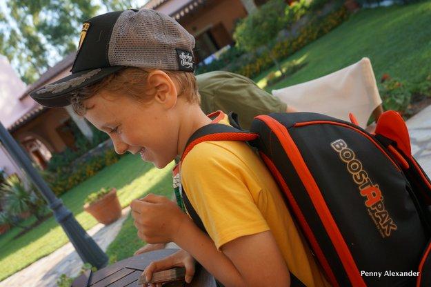 trunki Lotus F1 Team BoostApak as rucksack