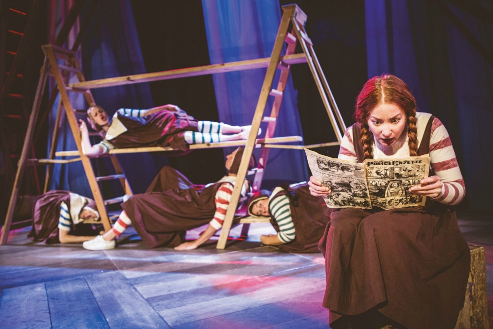 Hetty Feather Family Review At Nottingham Theatre Royal