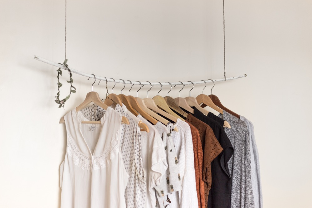 5 ways a minimalist capsule wardrobe can change your life
