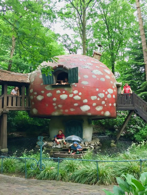 Top tips for staying at Efteling Theme Park Holland and Bosrijk Holiday Village - 9
