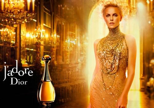 Шарліз Терон в рекламі J`adore від Christian Dior, http://goo.gl/GwZ5Z8