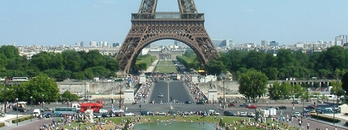 Paris Hotels Near The Eiffel Tower And In The Montmartre