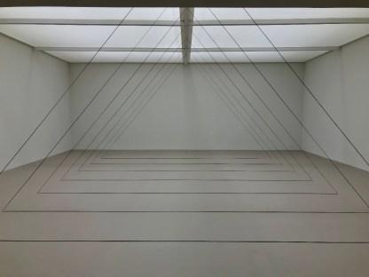 Fred Sandback, Untitled (Sculptural Study, Seven-part Triangular Construction), 1982/2011, David Zwirner © Isabelle Henricot