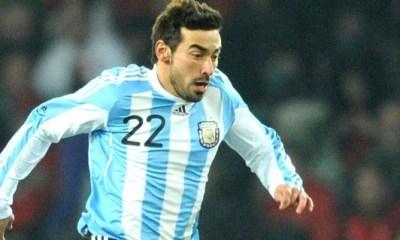 Lavezzi participe au succès de l'Argentine