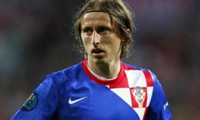 Le PSG prêt à défier le Real pour Modric ?