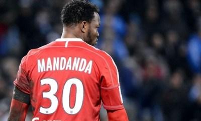 Mandanda avoue la supériorité du PSG, contre qui l'OM a perdu le titre