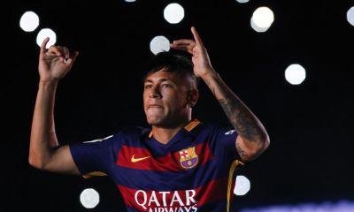 """Neymar: un renouvellement de contrat """"peu probable"""", mais le PSG doit faire face au Real Madrid, selon OK Diario"""