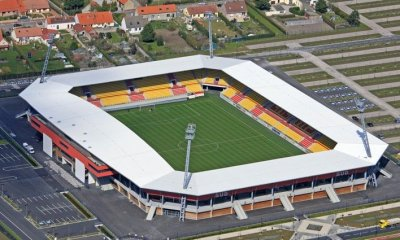 CDF - Niort installe une tribune supplémentaire pour la réception du PSG et sera à guichets fermés