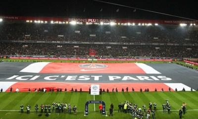 """Le slogan """"Ici c'est Paris"""" sujet d'une bataille judiciaire entre le PSG et un groupe de supporters"""