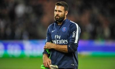 """Sirigu """"La seule certitude c'est qu'il retourne au PSG"""", annonce son agent"""