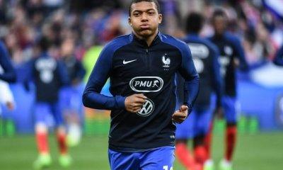 """Ménès """"Ceux qui disent que Mbappé est surfait ne se rendent pas compte du talent de ce garçon"""""""