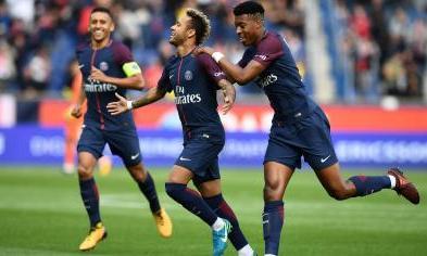 """Giresse """"Le coup-franc de Neymar me rappelle Michel Platini"""""""