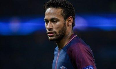 Neymar serait un peu triste à Paris, mais pas à cause du PSG, affirme UOL Esporte