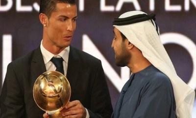 Neymar et Mbappé distancés par Cristiano Ronaldo lors du Dubai Globe Soccer Awards.