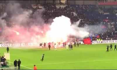 Le PSG espère une sanction contre l'OL suite à l'utilisation de fumigènes de ses supporters, écrit L'Equipe