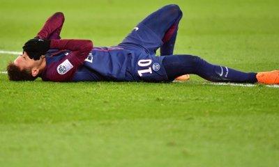 Neymar va être opéré et sera absent 2 mois, annoncent AS et Globo