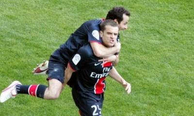 Coupe de la Ligue - Jérôme et Ludovic Giuly au coup d'envoi de la finale PSG/Monaco